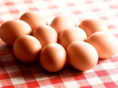 как есть сырые яйца