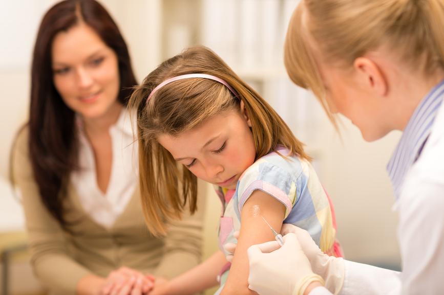 Можно ли делать прививку от полиомиелита при насморке