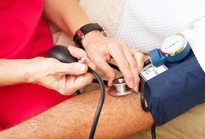 Процесс измерения артериального давления
