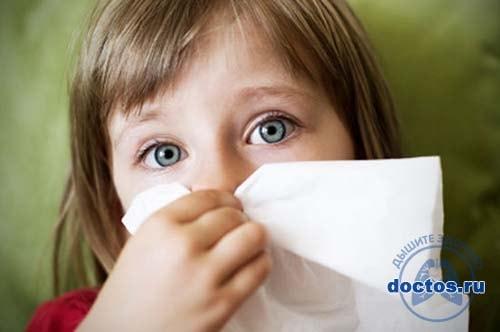 У девочки не дышит нос