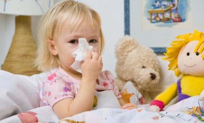 ребенок с простудой