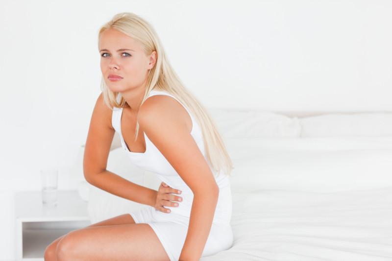Чем вызваны боли при цистите у женщин в животе и пояснице