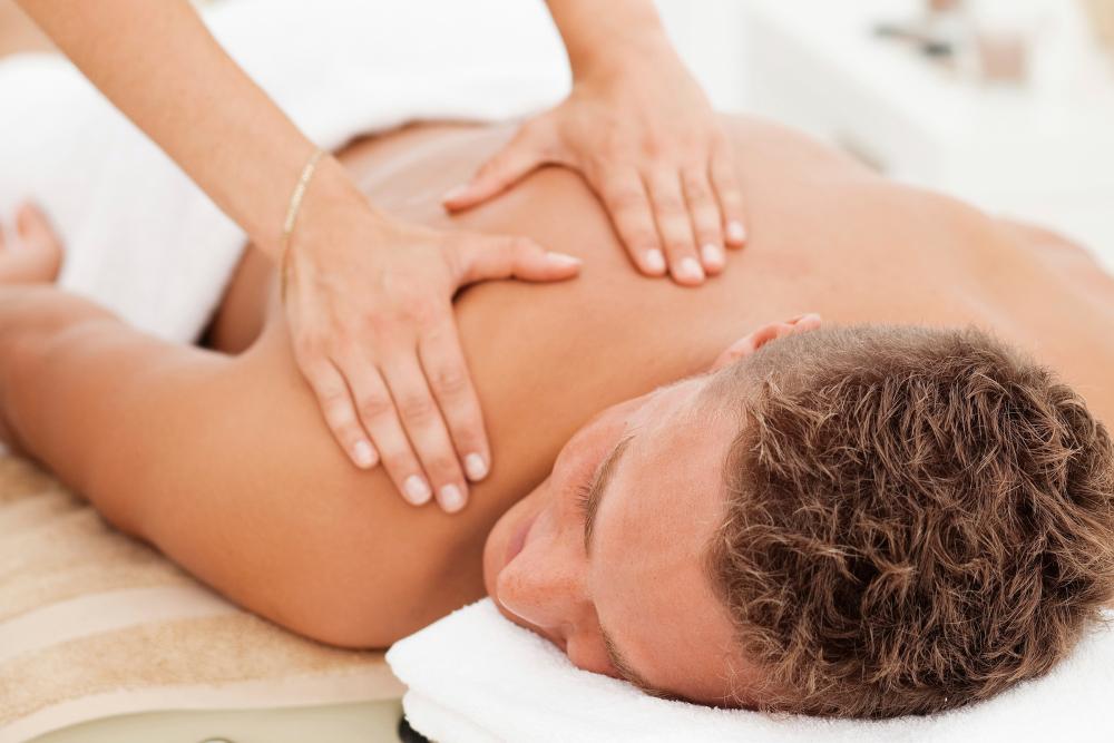 Спортивный массаж – все, что нужно знать для полезного применения
