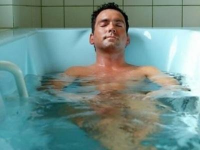 прием горячей ванны