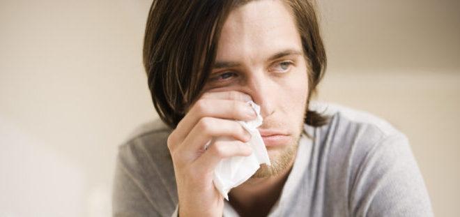 платок у носа