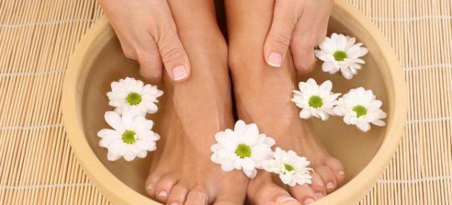 Можно ли парить ноги при насморке