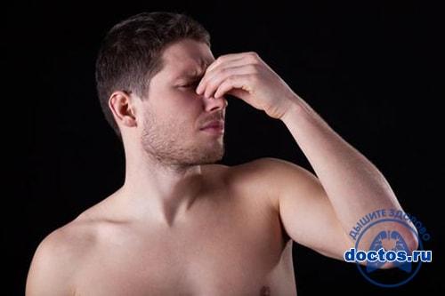 Болит переносица