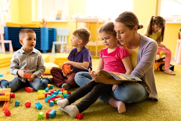 Посещение детского сада с соплями ребенку