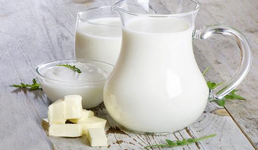 Молоко, сметана и масло