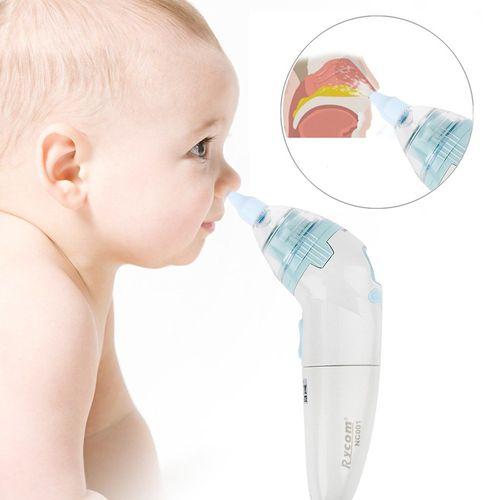 Чистка носа вакуумным аспиратором